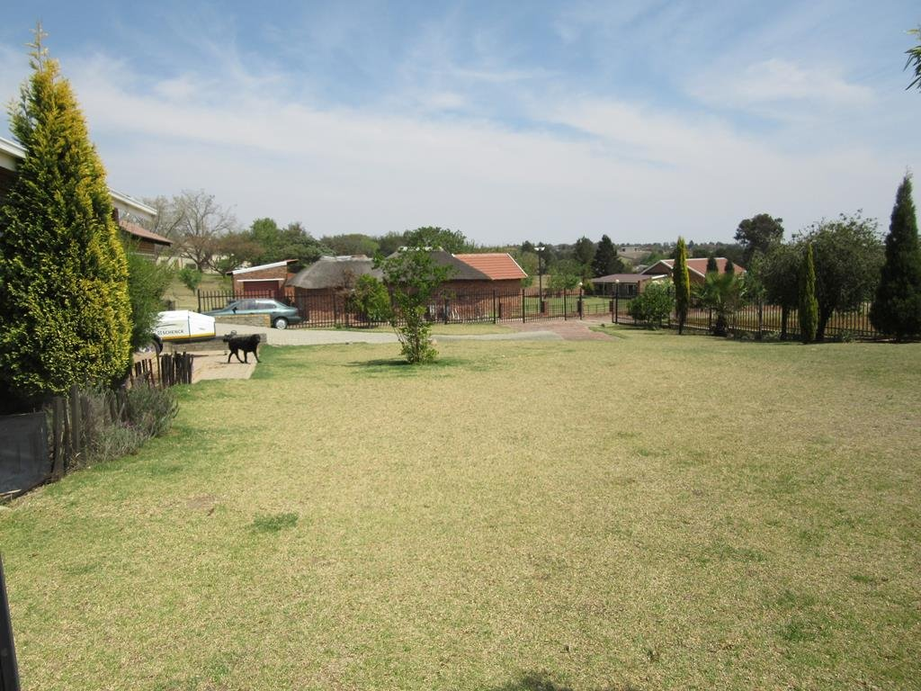 Property For Sale In Mnandi