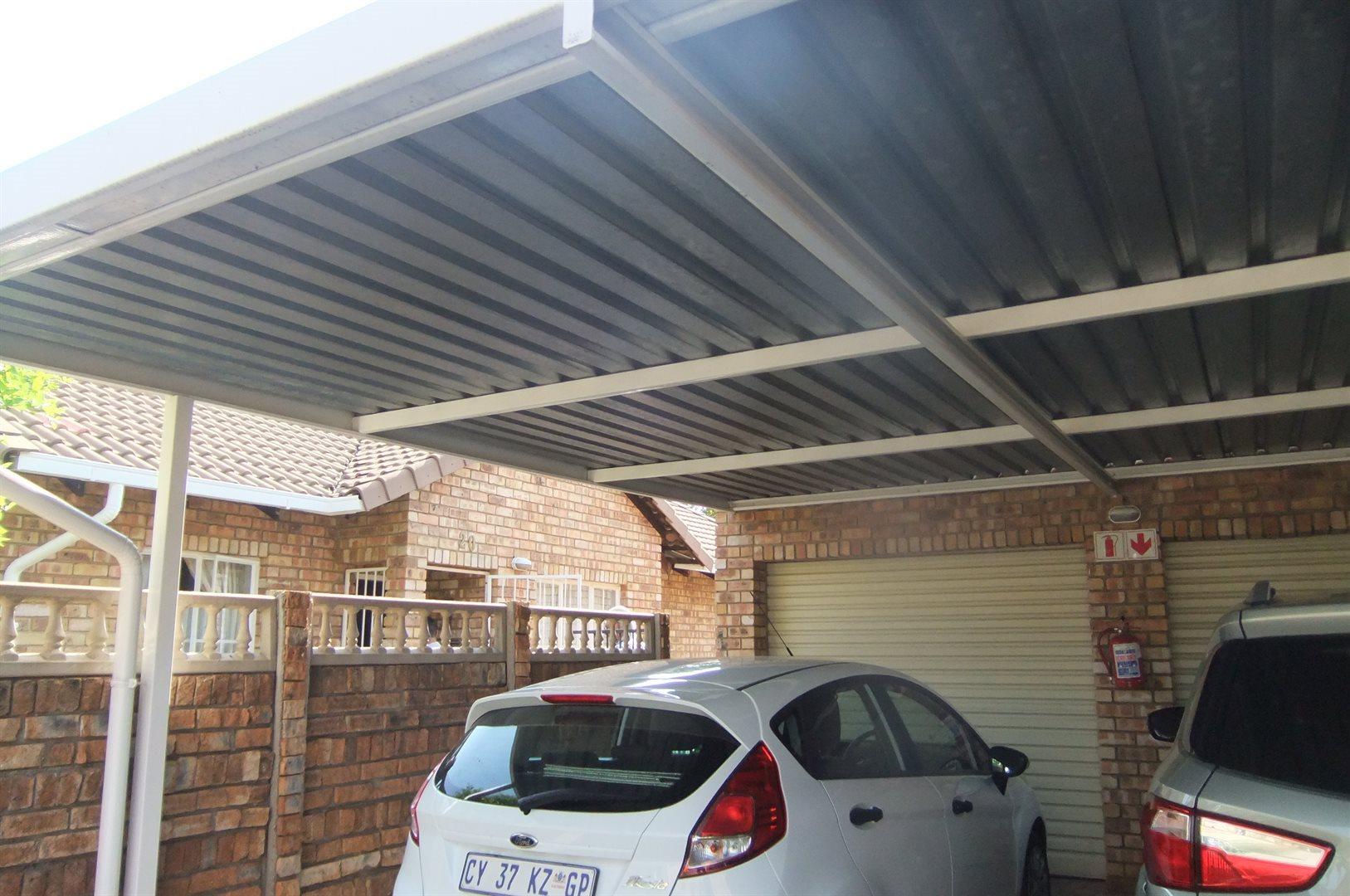 Doornpoort property for sale. Ref No: 13529208. Picture no 18