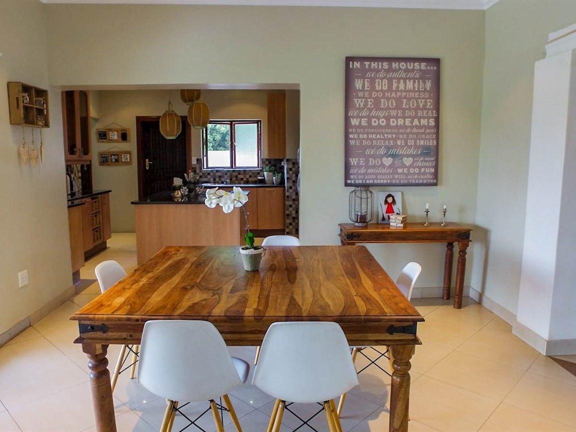 Irene Glen Estate property for sale. Ref No: 13411372. Picture no 5