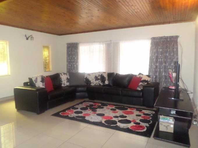 Property and Houses for sale in The Orchards, House, 3 Bedrooms - ZAR 950,000
