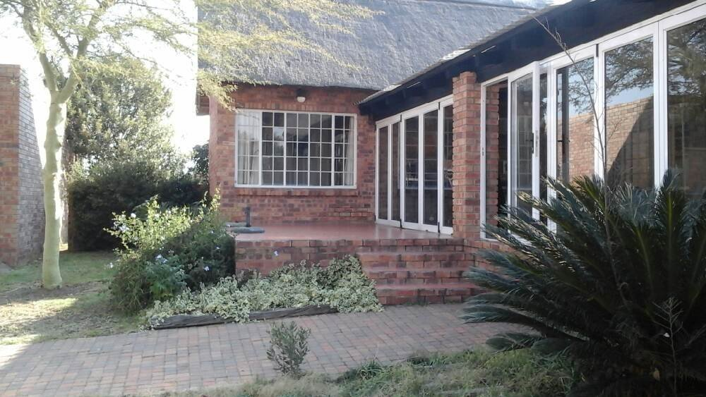 Vaal Dam, Vaal Marina Property  | Houses For Sale Vaal Marina, Vaal Marina, House 4 bedrooms property for sale Price:1,280,000