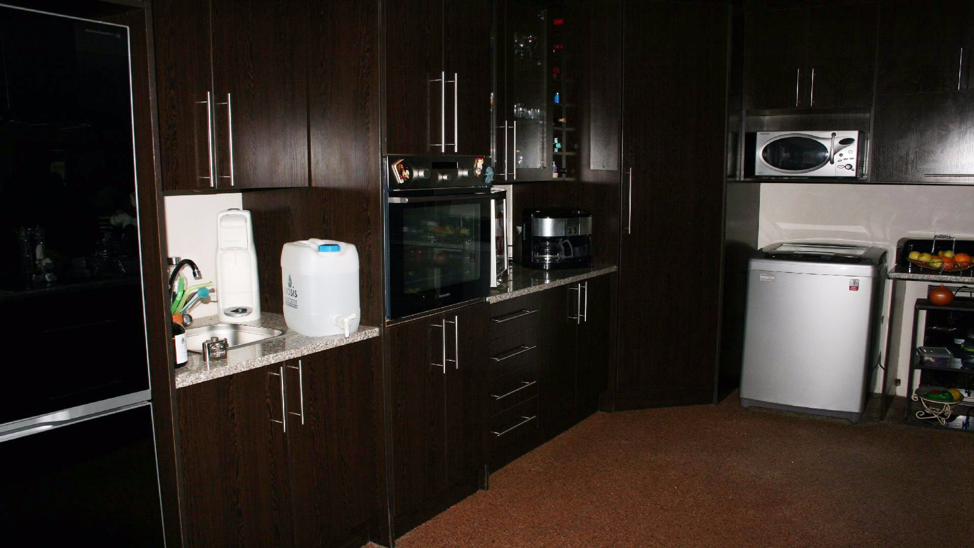 Greenhills property for sale. Ref No: 13553315. Picture no 8