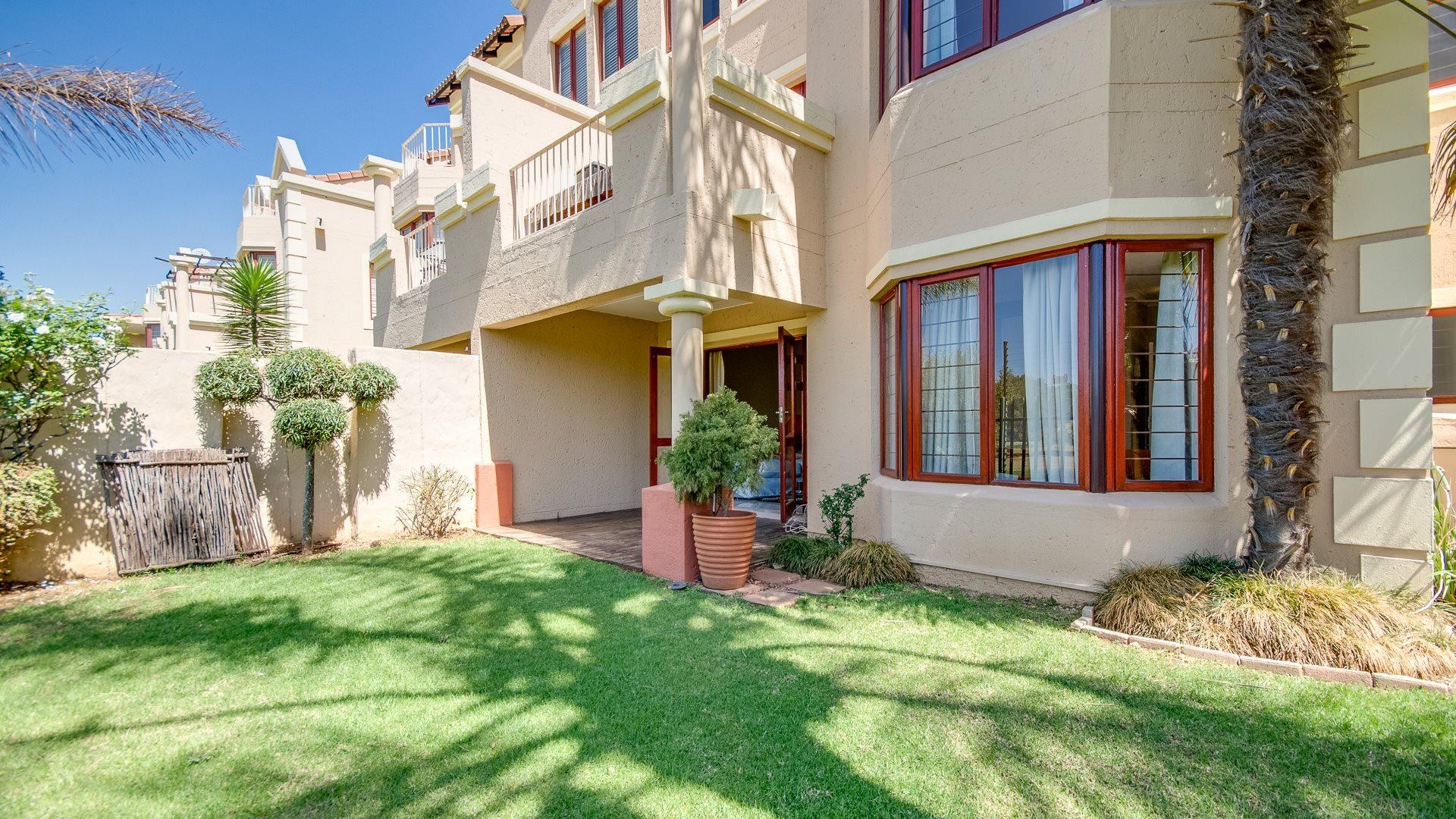 Johannesburg, Sandringham Property    Houses For Sale Sandringham, Sandringham, Apartment 2 bedrooms property for sale Price:1,850,000