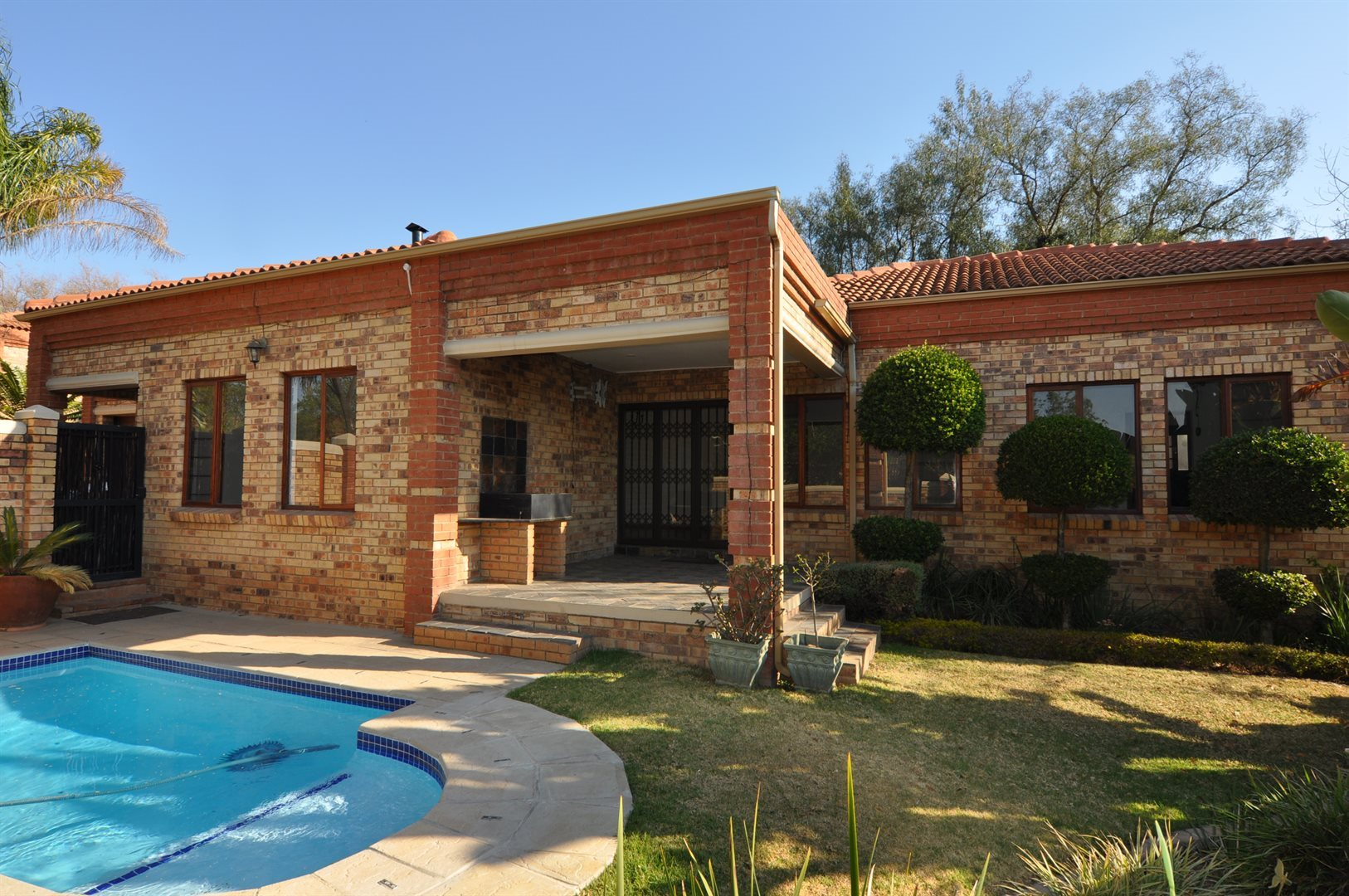 Sandton, Lonehill Property    Houses To Rent Lonehill, Lonehill, House 4 bedrooms property to rent Price:, 16,00*