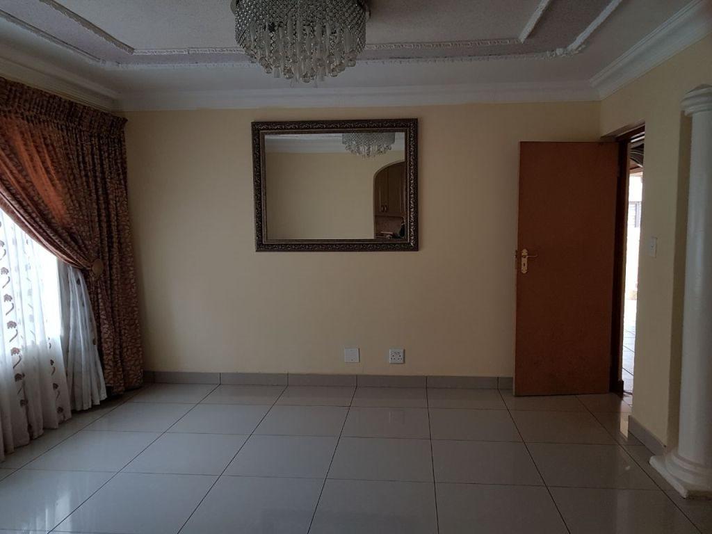 Ninapark property for sale. Ref No: 13609735. Picture no 38