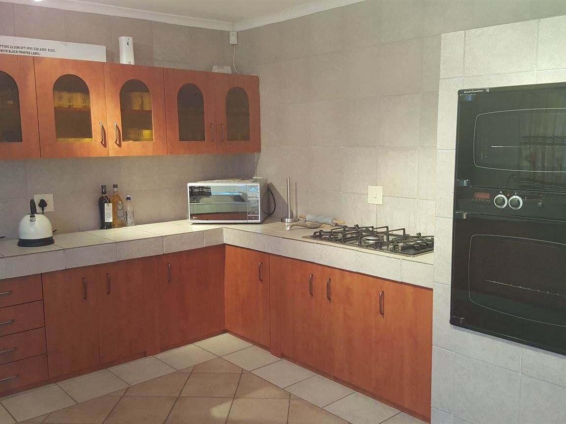 Yzerfontein property for sale. Ref No: 13397005. Picture no 8