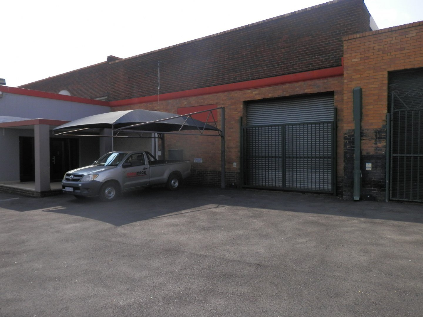 Eastleigh property for sale. Ref No: 13593580. Picture no 4
