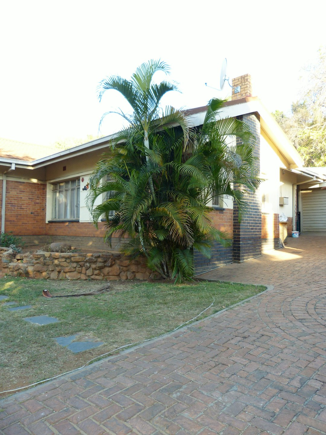 Property and Houses for sale in Capital Park, House, 4 Bedrooms - ZAR 1,295,000