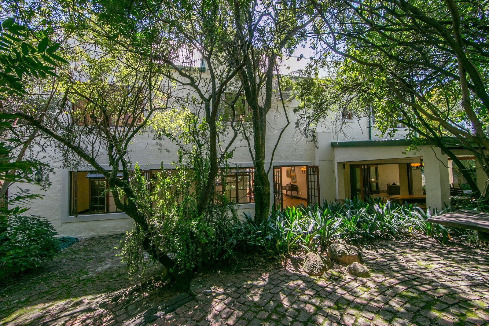 Sandton, Fourways Gardens Property  | Houses For Sale Fourways Gardens, Fourways Gardens, House 4 bedrooms property for sale Price:5,500,000