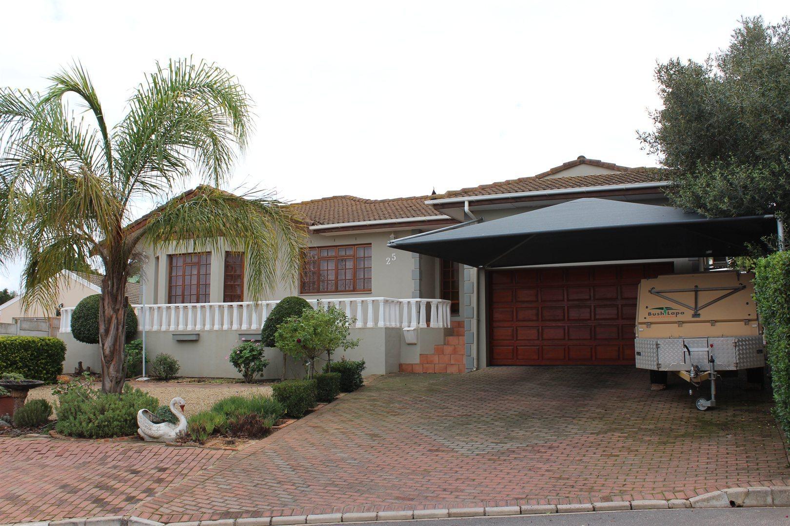 Malmesbury, Tafelzicht Property  | Houses For Sale Tafelzicht, Tafelzicht, House 3 bedrooms property for sale Price:2,200,000