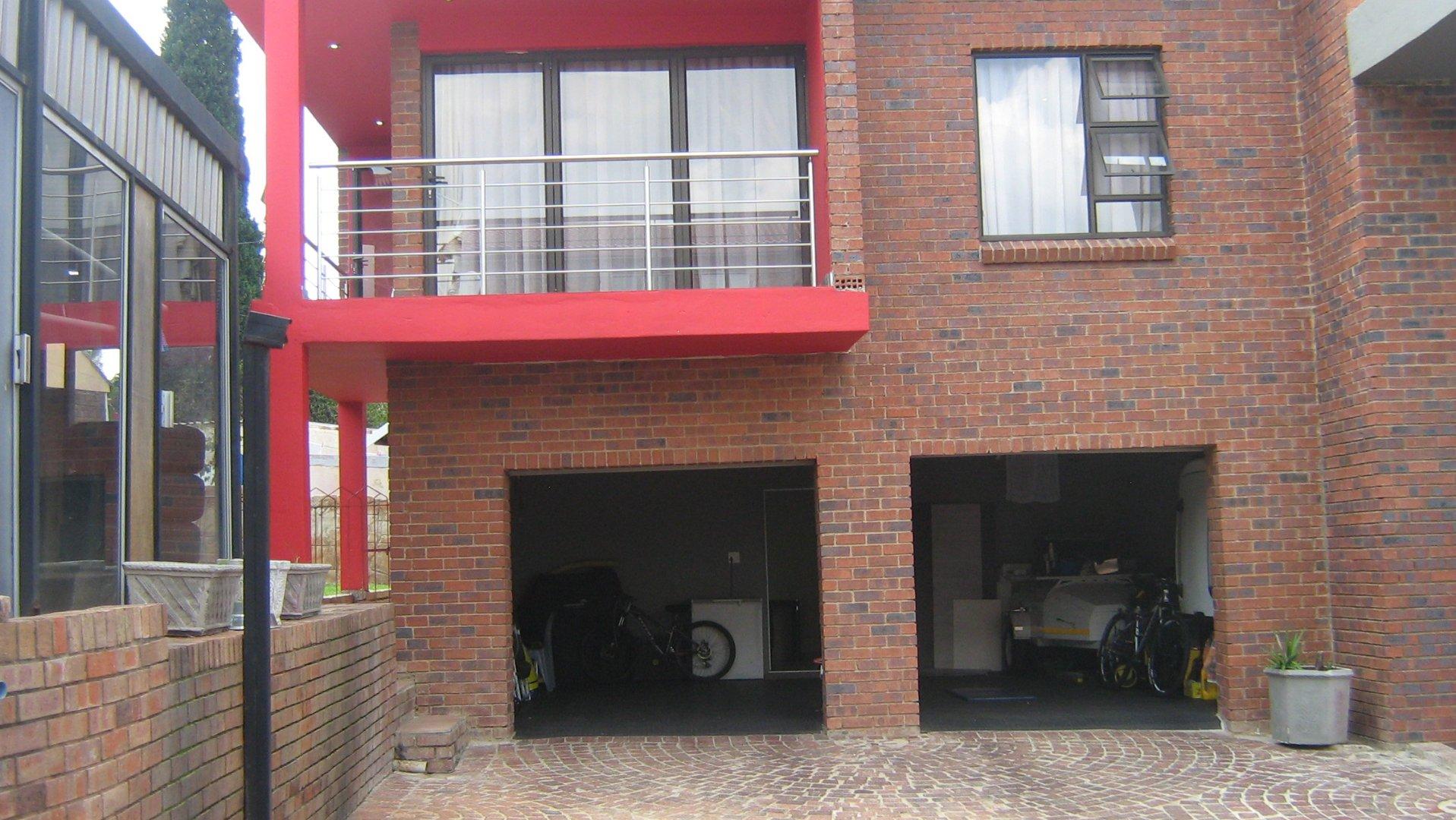 Johannesburg, Ridgeway Property  | Houses For Sale Ridgeway, Ridgeway, House 6 bedrooms property for sale Price:2,950,000