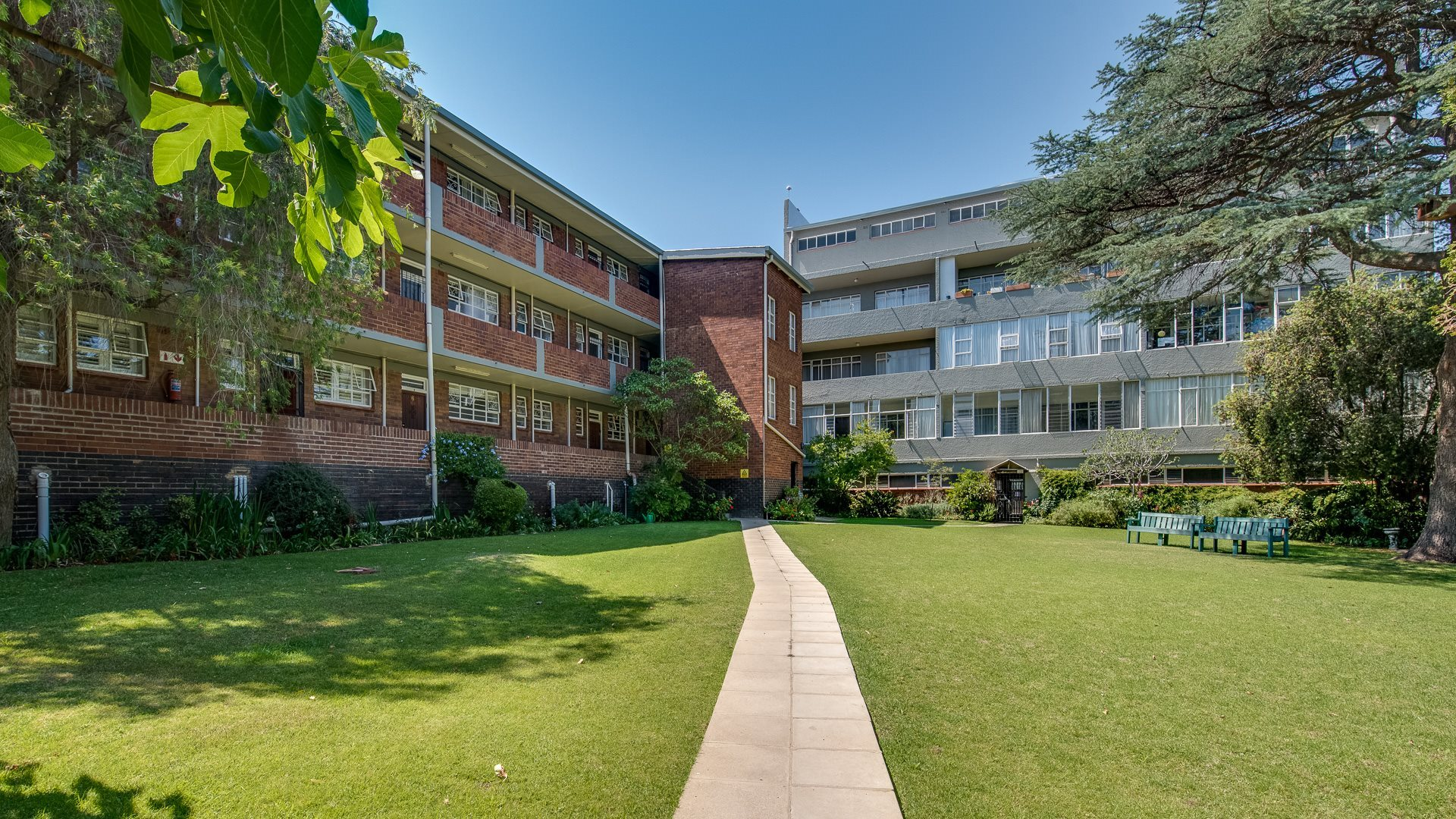 Johannesburg, Orchards Property    Houses For Sale Orchards, Orchards, Apartment 2 bedrooms property for sale Price:975,000