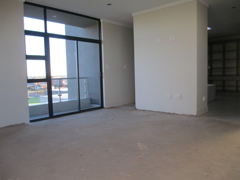 Midstream Ridge Estate property for sale. Ref No: 13479529. Picture no 11