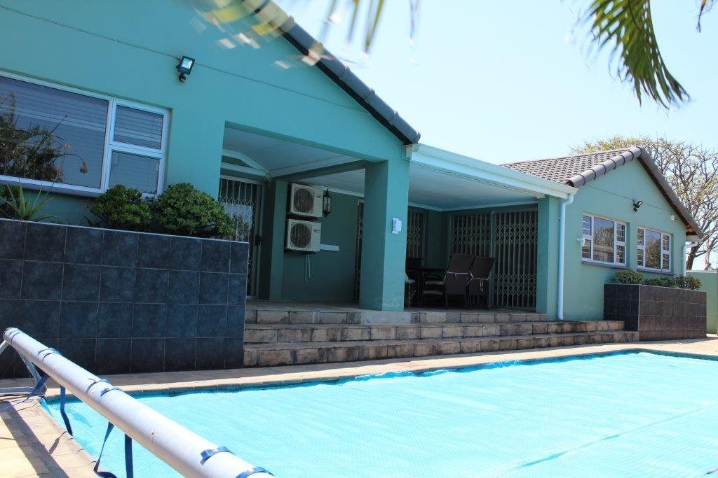 Property and Houses for sale in Port Edward, House, 4 Bedrooms - ZAR 3,950,000