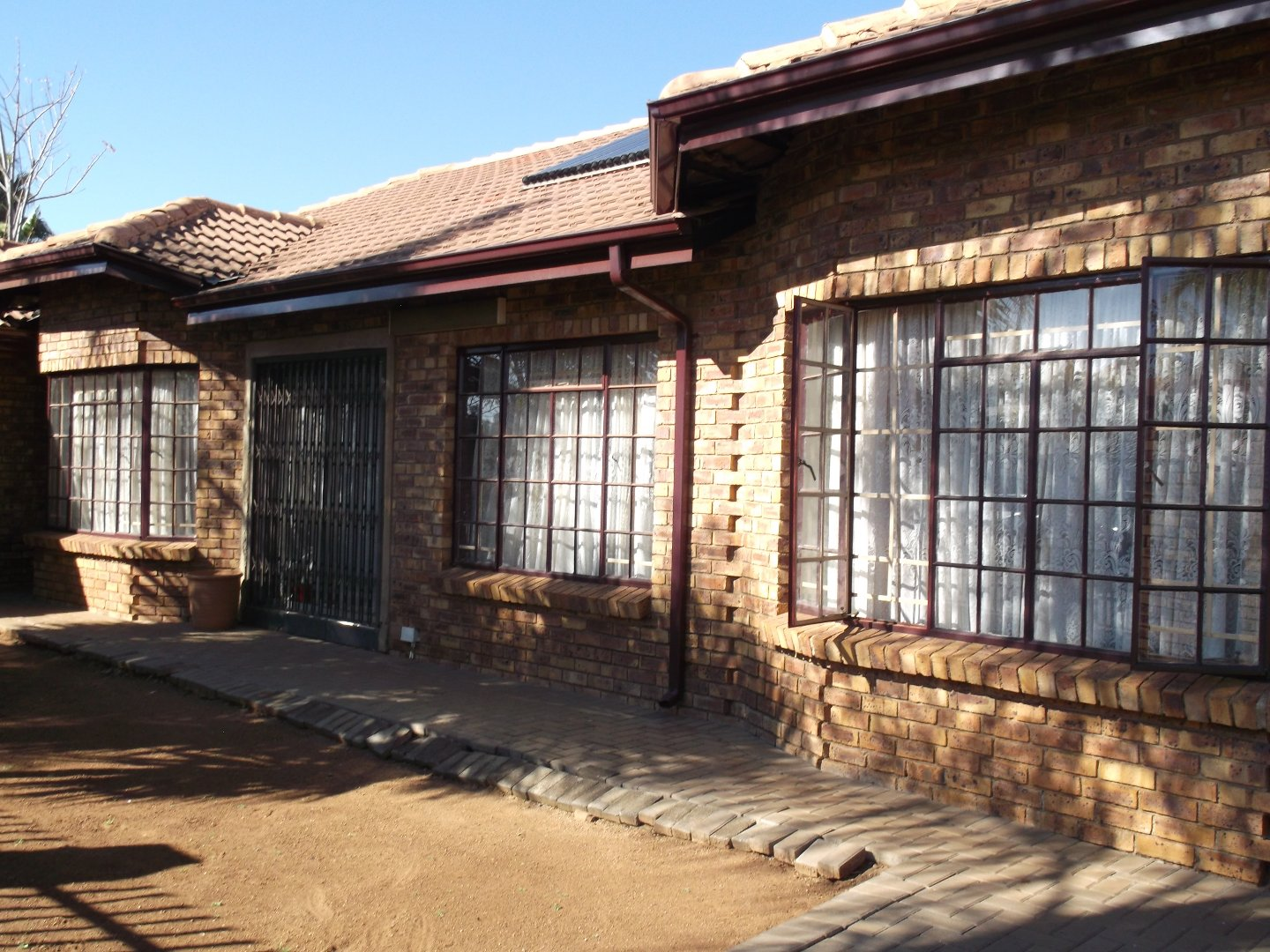 Property and Houses for sale in Rooihuiskraal North, House, 5 Bedrooms - ZAR 2,230,000
