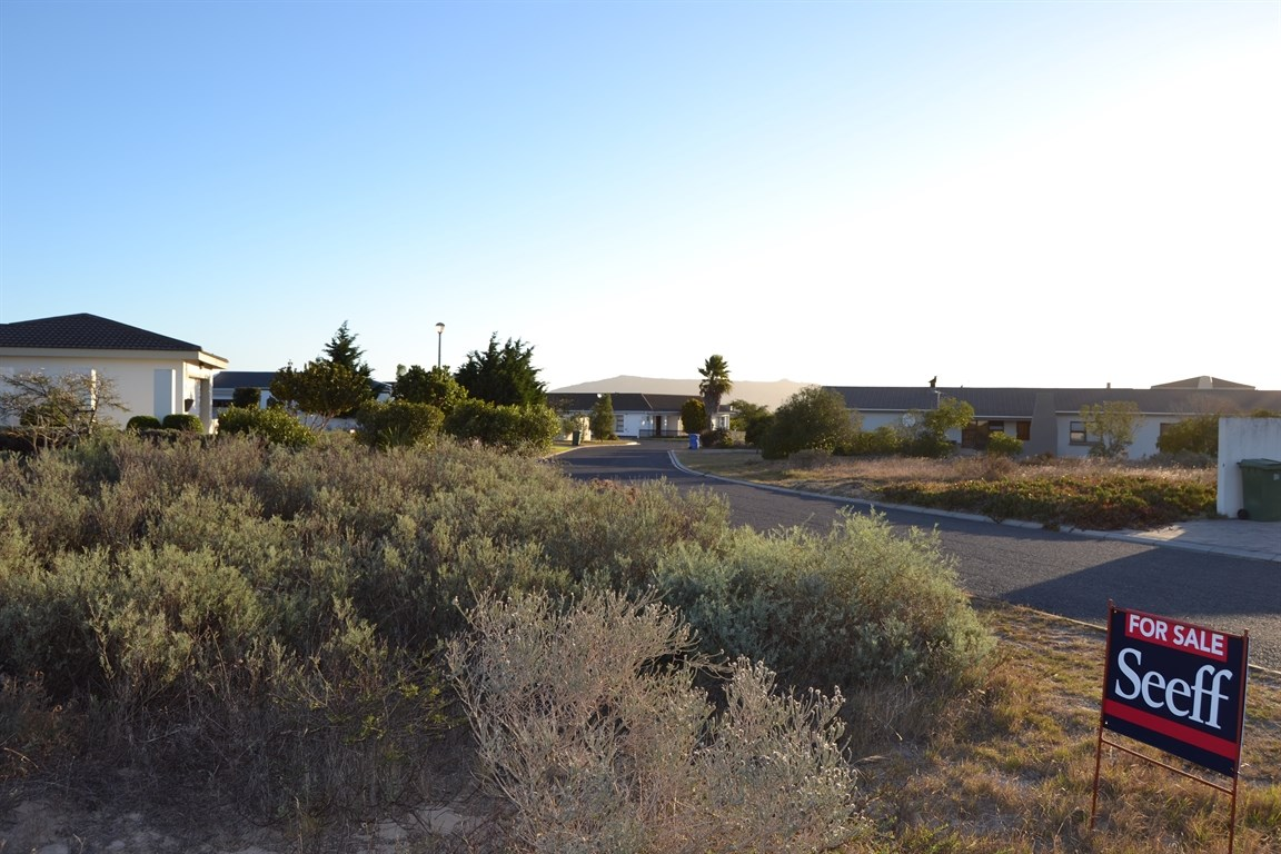 Country Club property for sale. Ref No: 12732561. Picture no 2