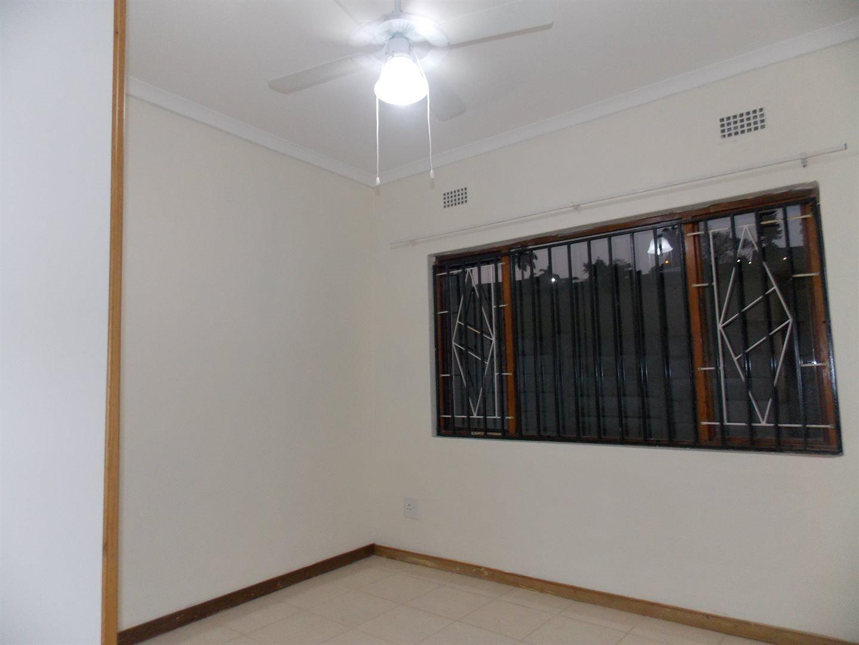 Noordsig property to rent. Ref No: 13525991. Picture no 7