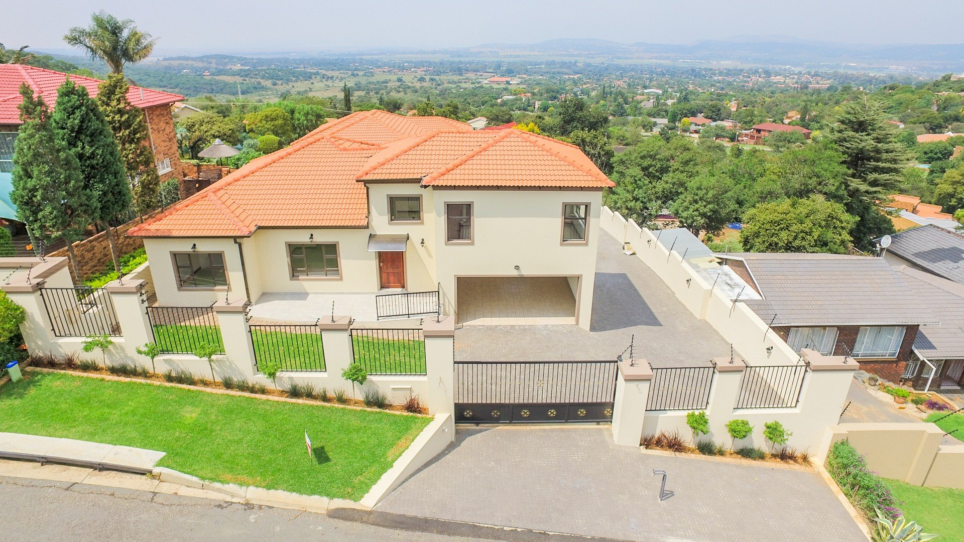 Johannesburg, Kibler Park Property  | Houses For Sale Kibler Park, Kibler Park, House 3 bedrooms property for sale Price:1,800,000