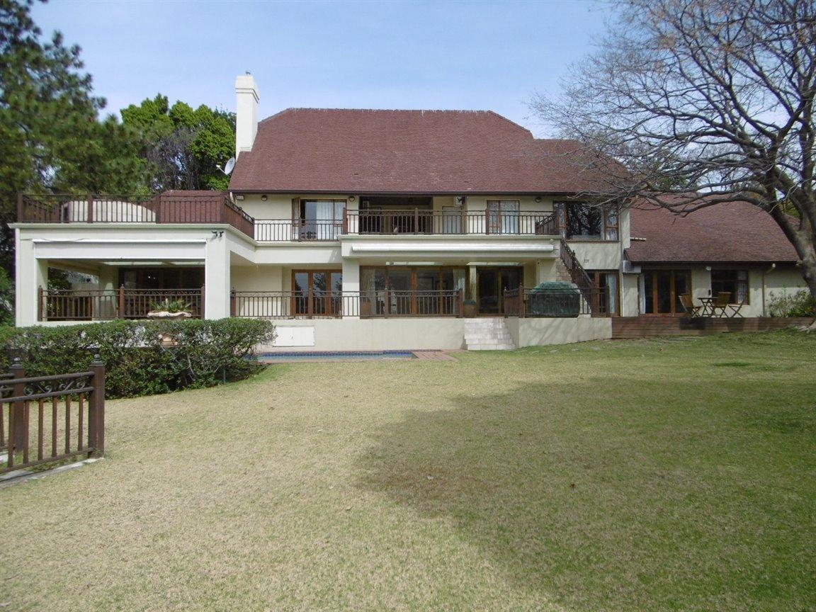 Bryanston property for sale. Ref No: 13389969. Picture no 29