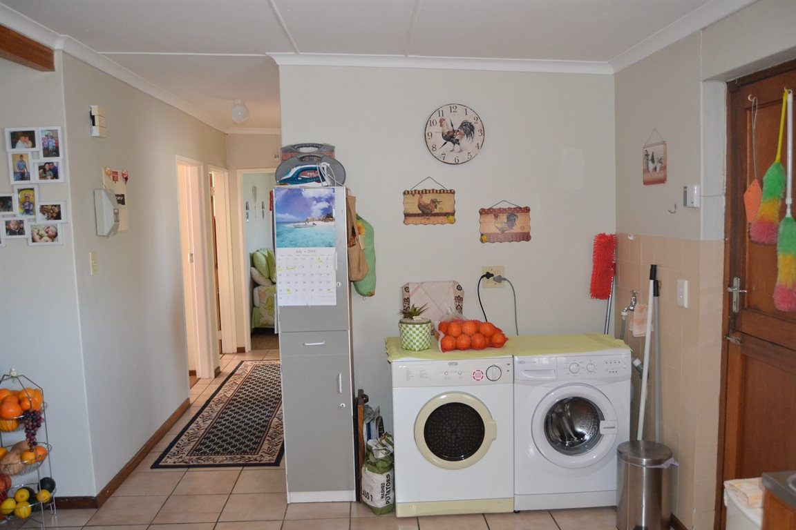 Lamberts Bay for sale property. Ref No: 13363306. Picture no 23
