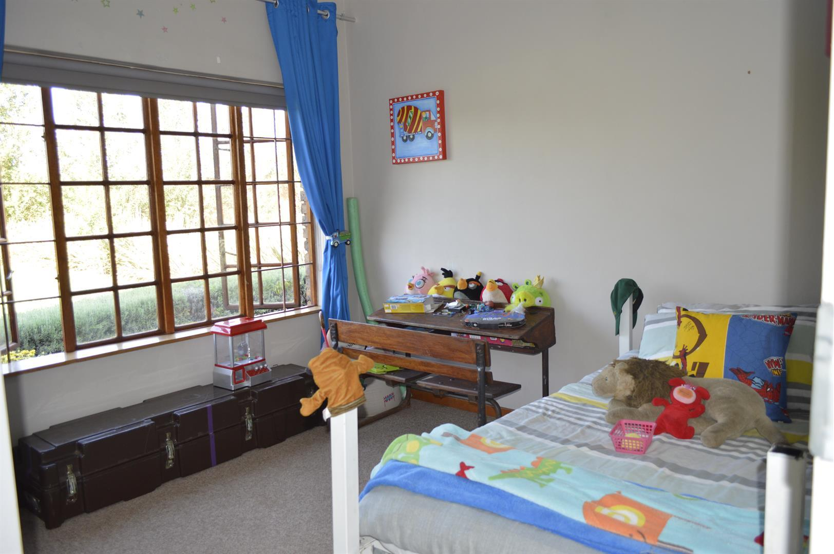 Raslouw A H property for sale. Ref No: 13442161. Picture no 15