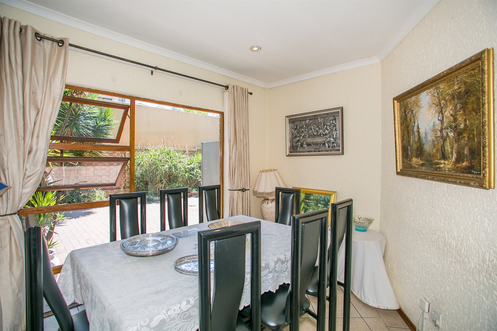 Fourways Gardens property to rent. Ref No: 13554935. Picture no 5