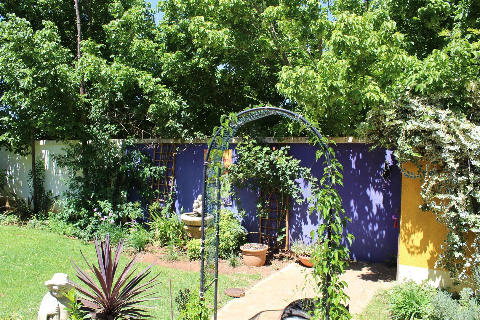 Potchefstroom property for sale. Ref No: 13433840. Picture no 14