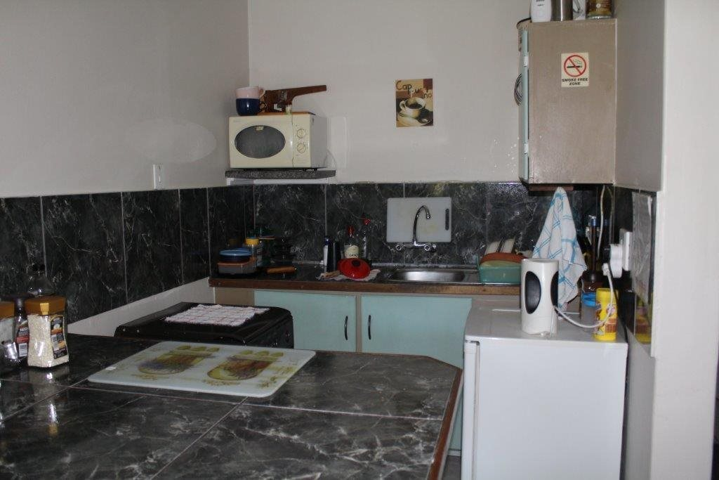 Margate property for sale. Ref No: 13491562. Picture no 28