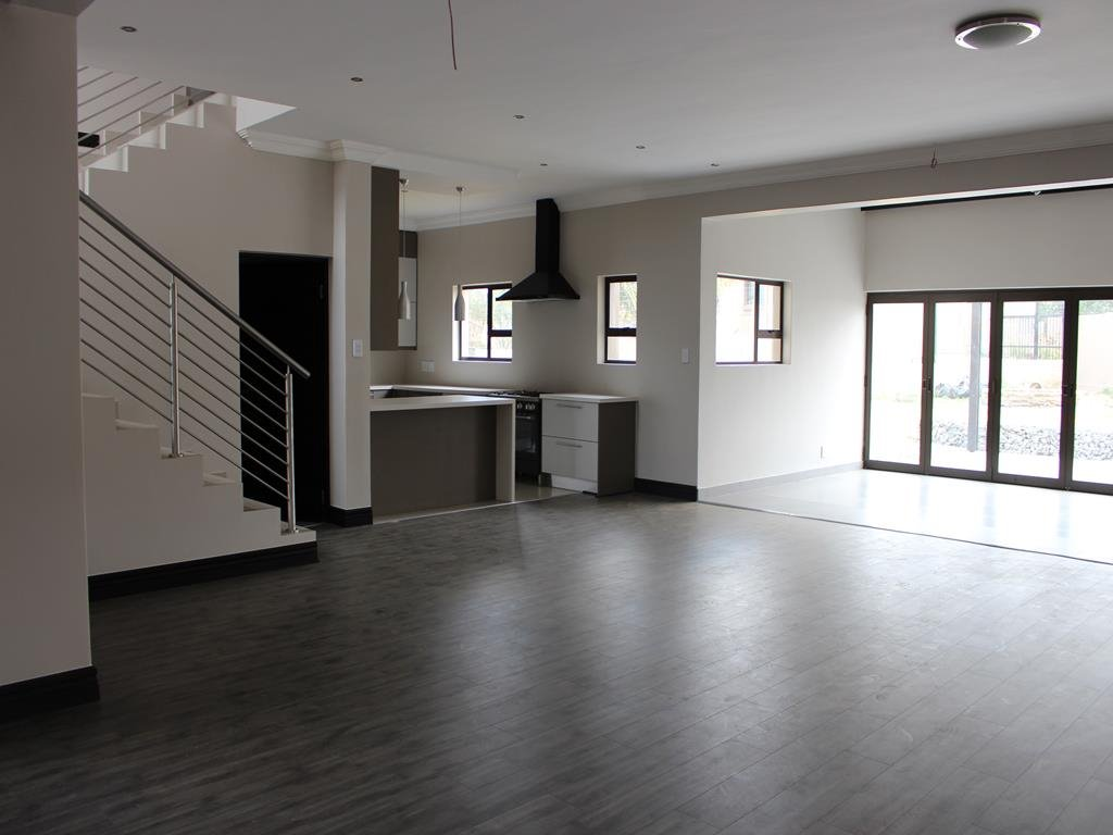 Celtisdal property for sale. Ref No: 13230610. Picture no 2