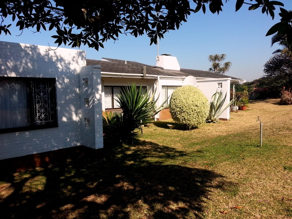 Umkomaas property for sale. Ref No: 12798074. Picture no 17