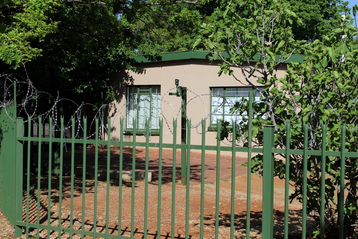 Potchefstroom Central property for sale. Ref No: 13397010. Picture no 2