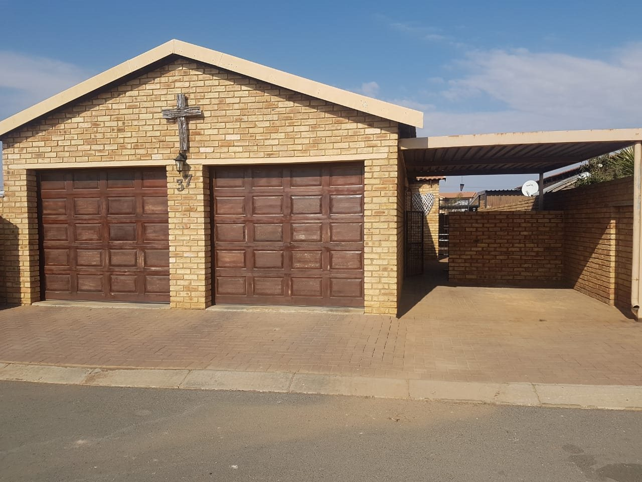 Krugersdorp, West Rand Cons Mines Property  | Houses For Sale West Rand Cons Mines, West Rand Cons Mines, Townhouse 3 bedrooms property for sale Price:850,000