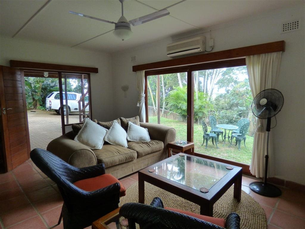 Marina Beach property for sale. Ref No: 13523507. Picture no 3