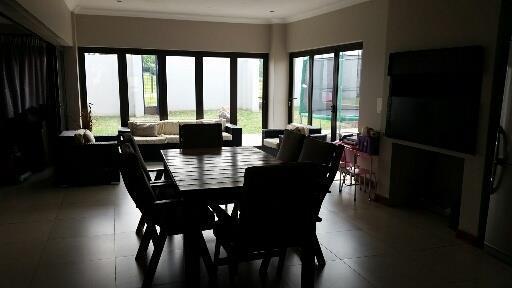 Midstream Ridge Estate property for sale. Ref No: 13462257. Picture no 9