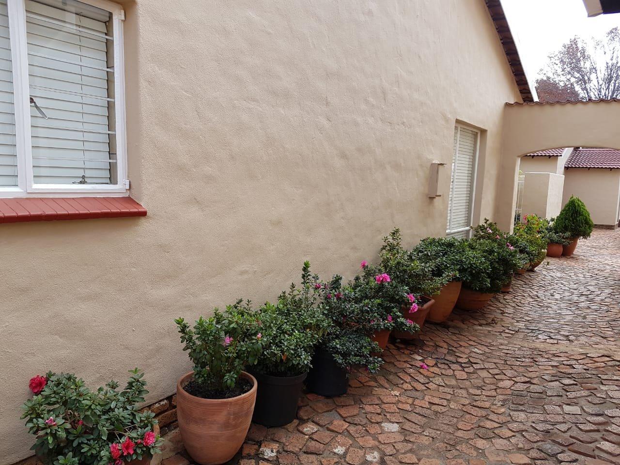 Eldoraigne property for sale. Ref No: 13623334. Picture no 18