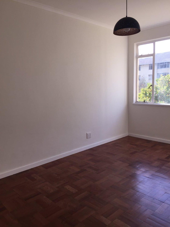 Rondebosch property to rent. Ref No: 13506199. Picture no 12