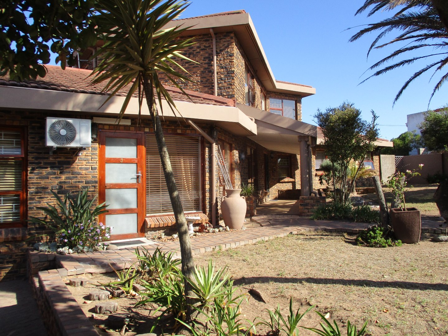 Property and Houses for sale in Vredenburg, House - ZAR 3,500,000