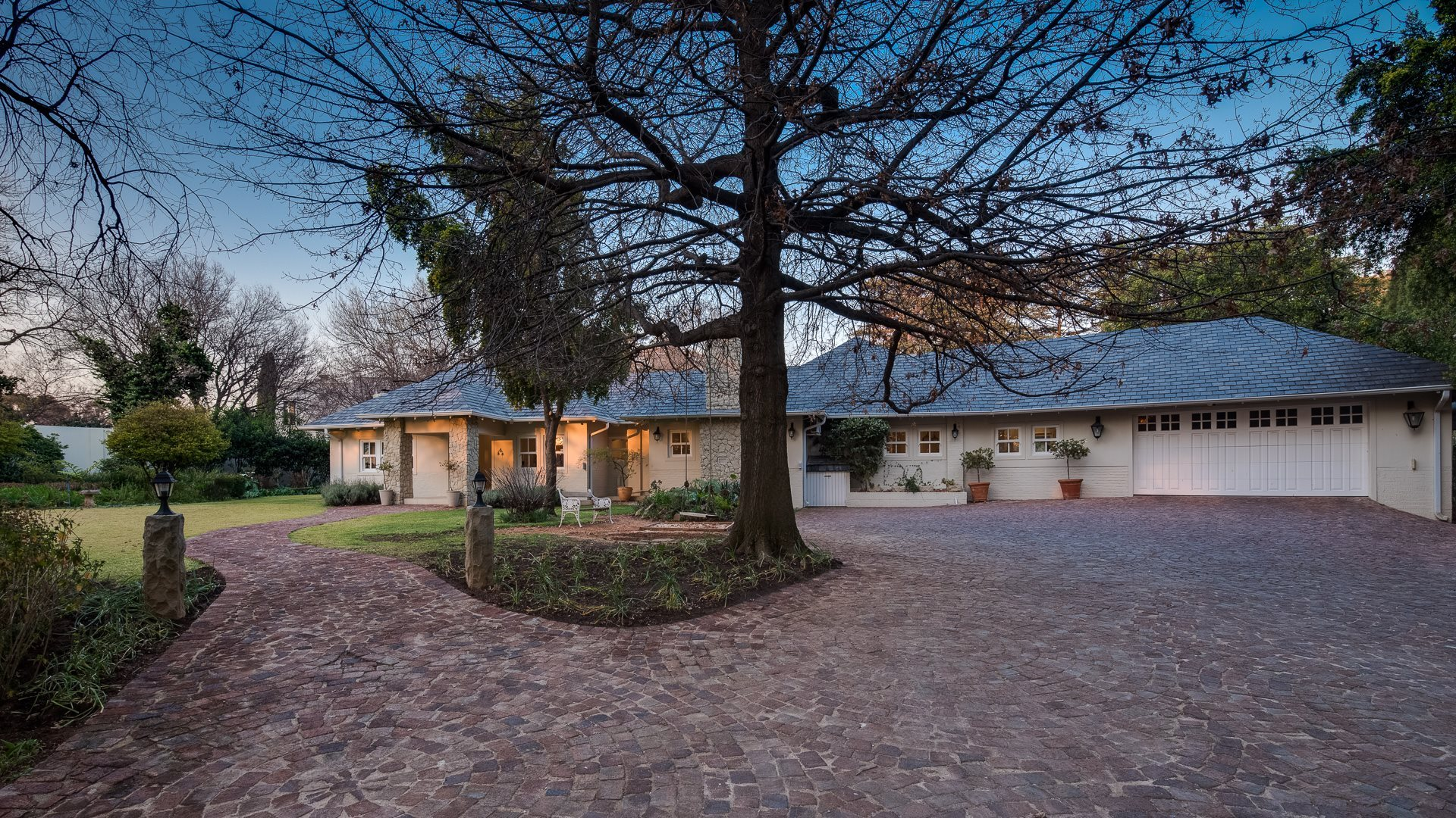 Property and Houses to rent in Bryanston, House, 4 Bedrooms - ZAR , 65,00*,M