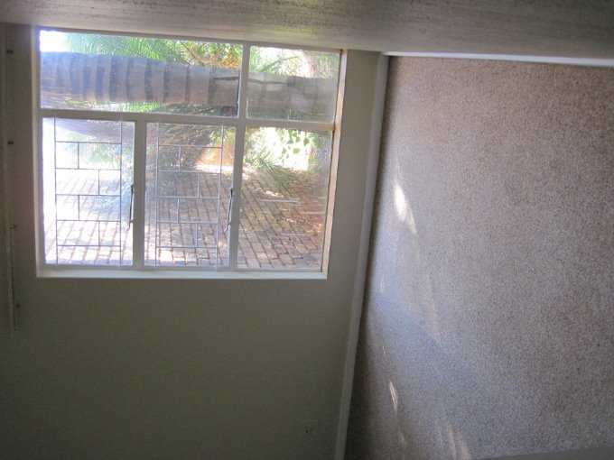 Theresapark property for sale. Ref No: 13506744. Picture no 8