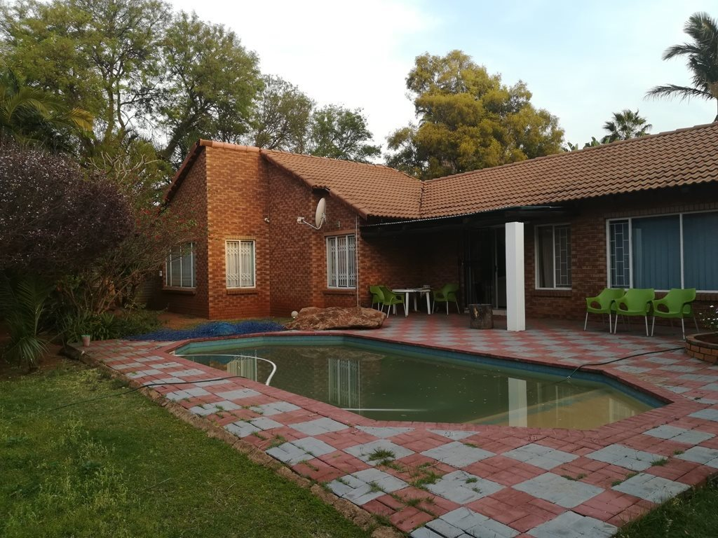 Property and Houses for sale in The Orchards, House, 3 Bedrooms - ZAR 1,492,000