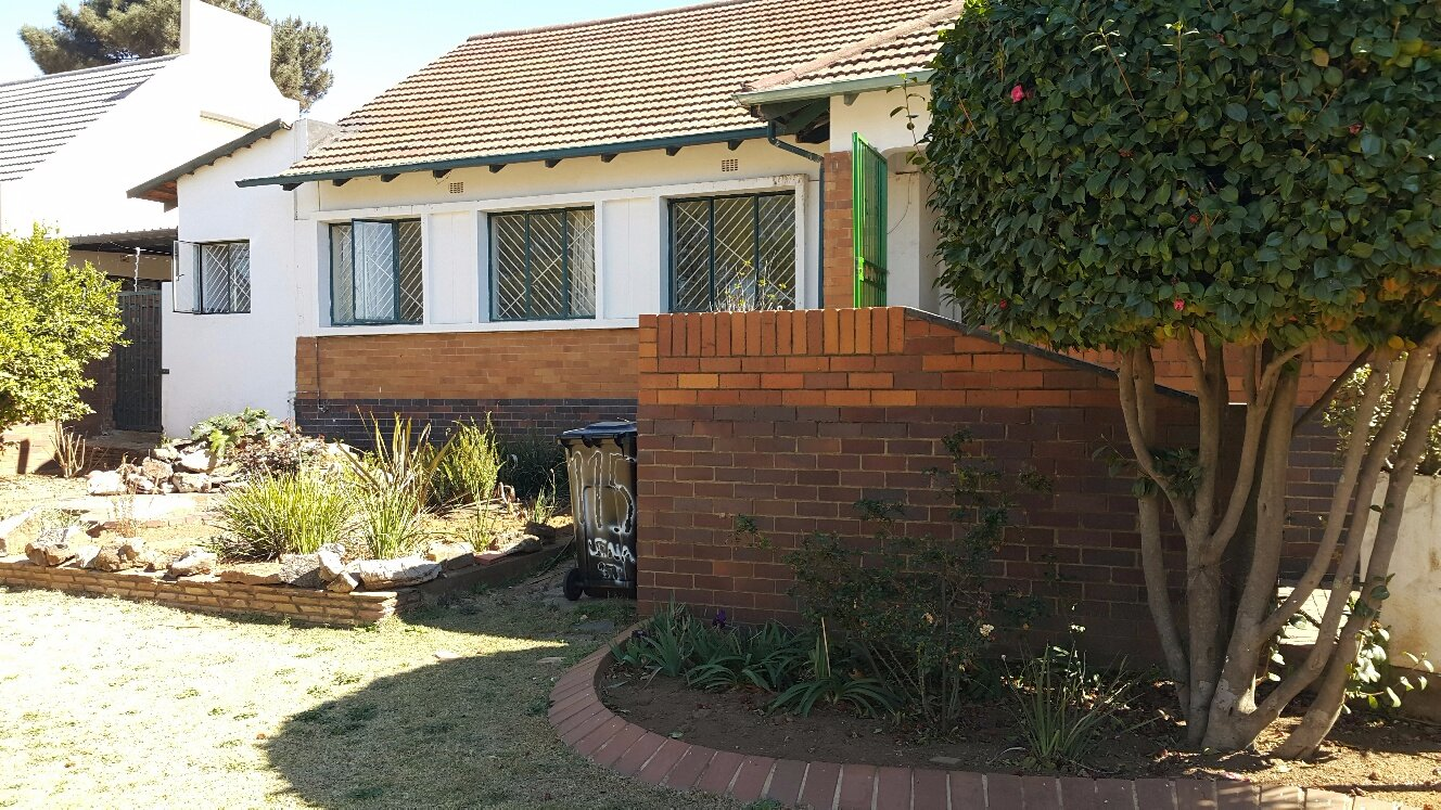 Johannesburg, Linmeyer Property  | Houses For Sale Linmeyer, Linmeyer, House 3 bedrooms property for sale Price:1,380,000