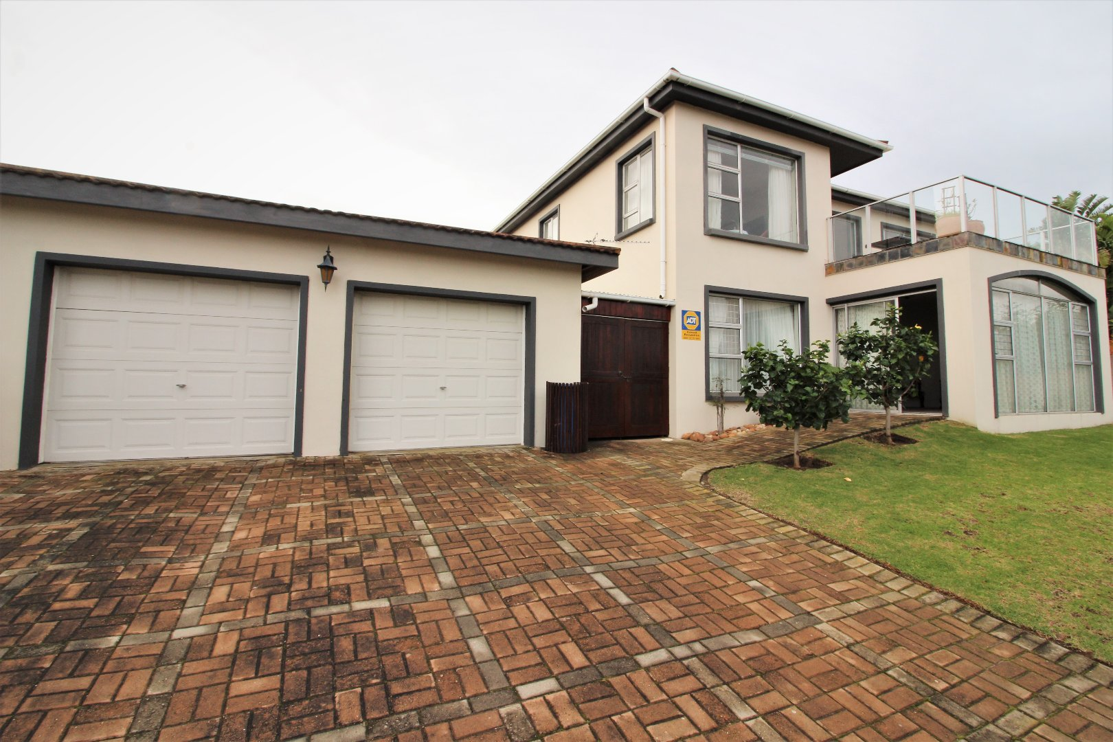 Property and Houses for sale in Upper Robberg, House, 4 Bedrooms - ZAR 2,900,000