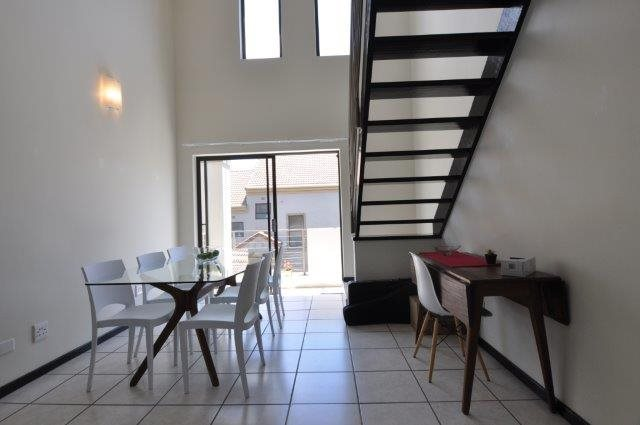 Douglasdale property to rent. Ref No: 13553031. Picture no 2