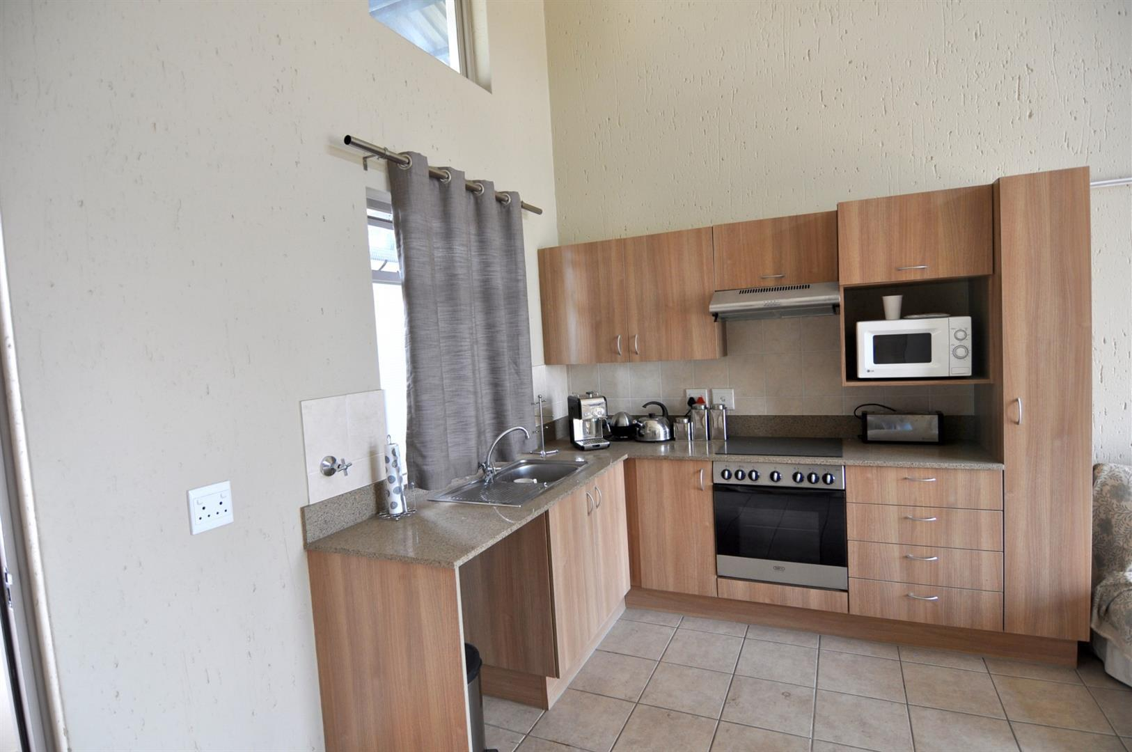 Lonehill property to rent. Ref No: 13435465. Picture no 5