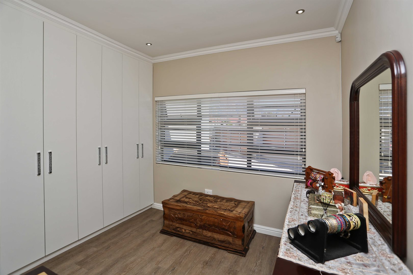 Plumstead property for sale. Ref No: 13581245. Picture no 17