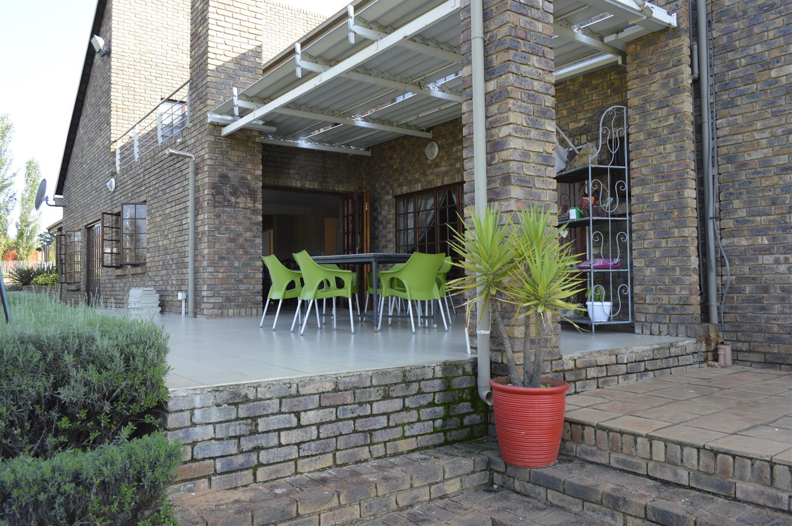 Raslouw A H property for sale. Ref No: 13442161. Picture no 22