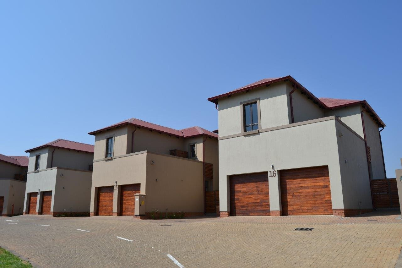 Centurion, Heritage Hill Property  | Houses For Sale Heritage Hill, Heritage Hill, Townhouse 3 bedrooms property for sale Price:2,500,000