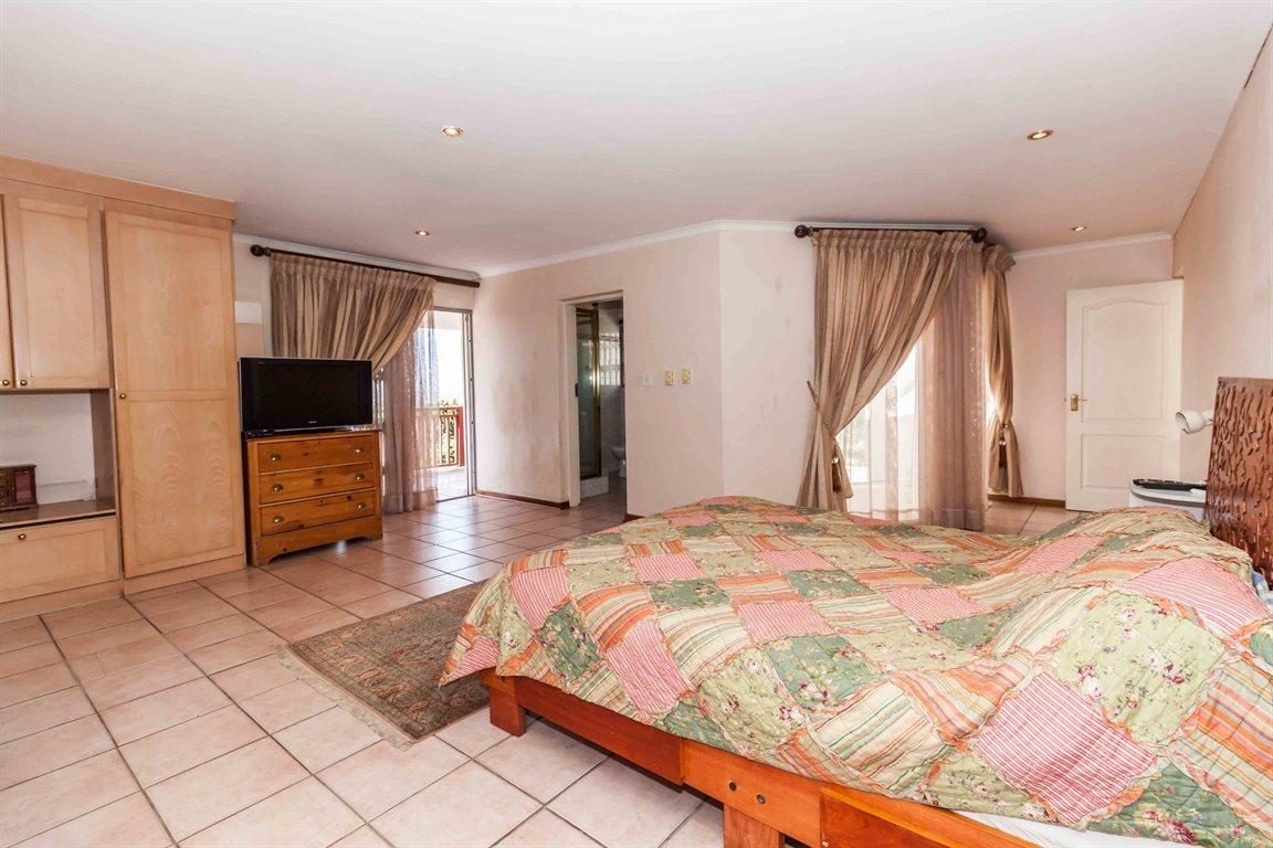 Erasmia property for sale. Ref No: 13400076. Picture no 19