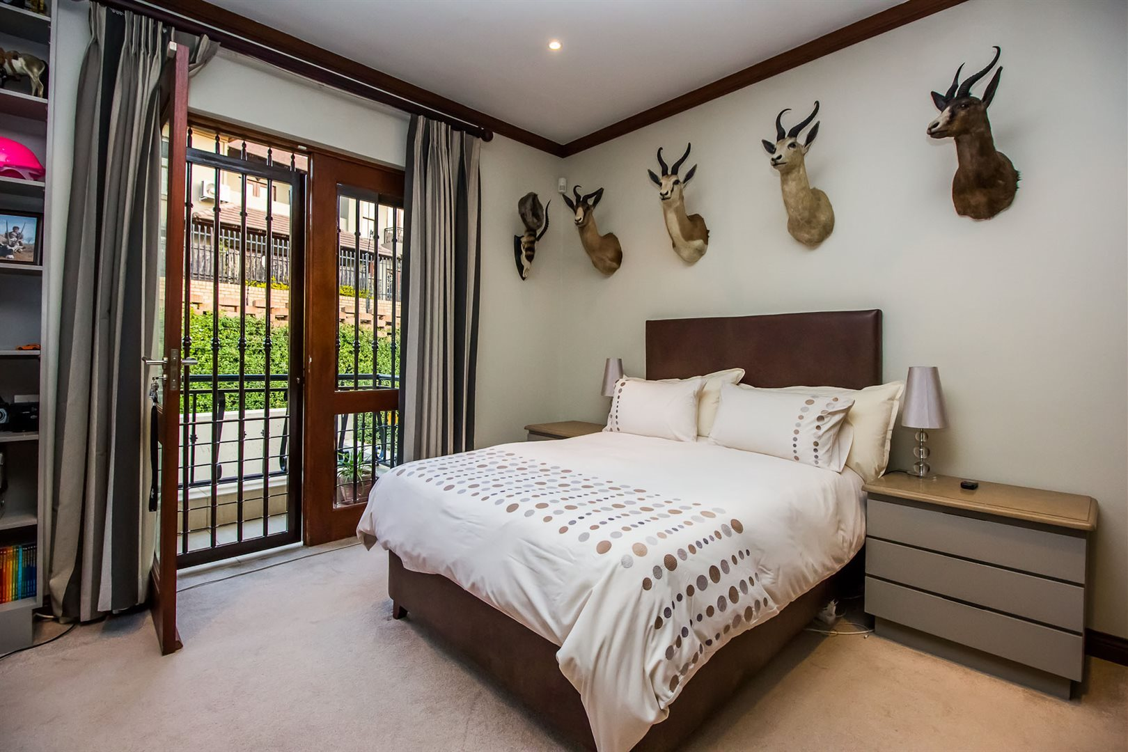 Waterkloof Ridge property for sale. Ref No: 13535230. Picture no 22