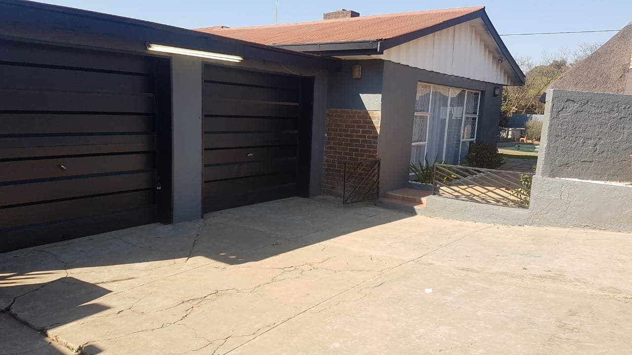 Krugersdorp, Kenmare Property  | Houses For Sale Kenmare, Kenmare, House 3 bedrooms property for sale Price:1,349,000